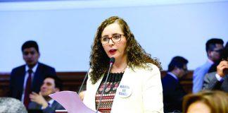 """Rosa Bartra;Fujimorismo desea encabezar Mesa Directiva """"contra Poder Ejecutivo abusivo"""", según legisladora."""