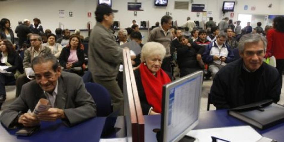 Congreso insistirá en ampliar jubilación anticipada al 2021