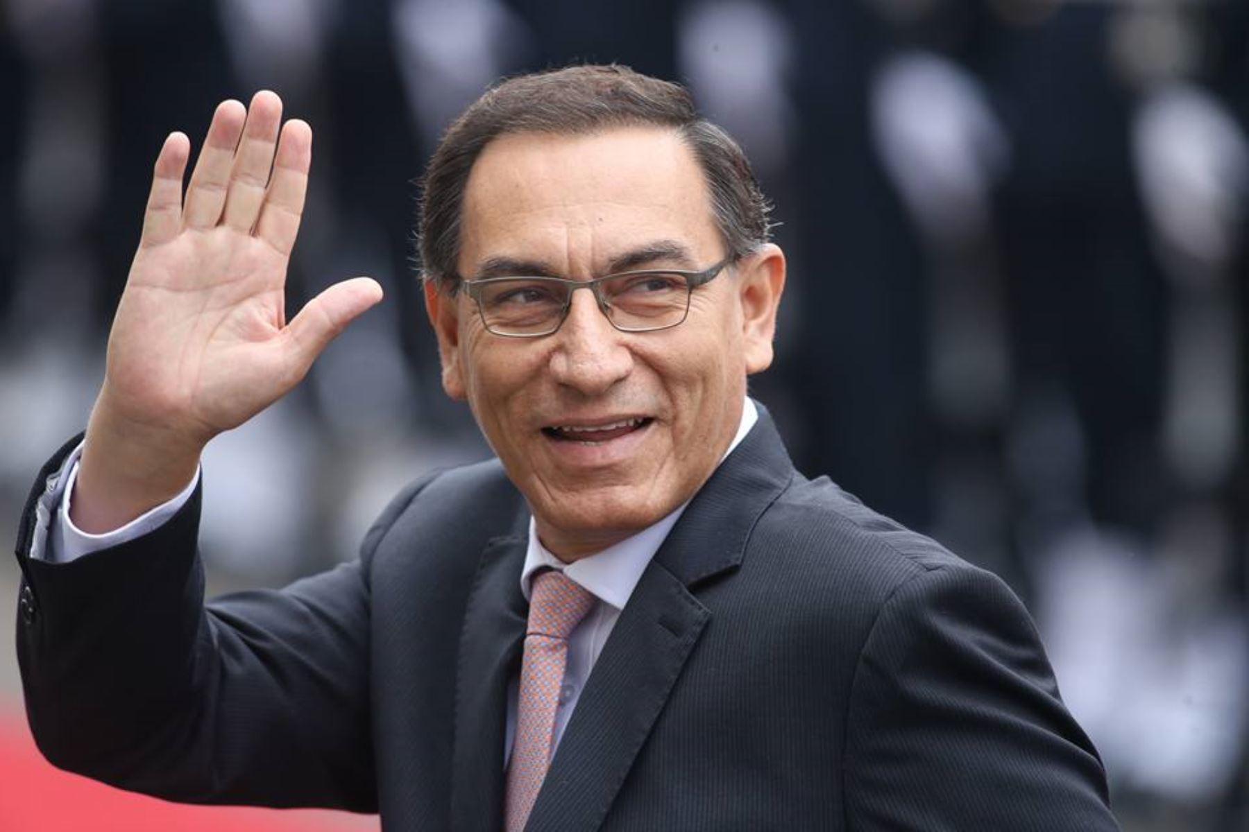 Vizcarra evalúa candidatura  presidencial para el 2021