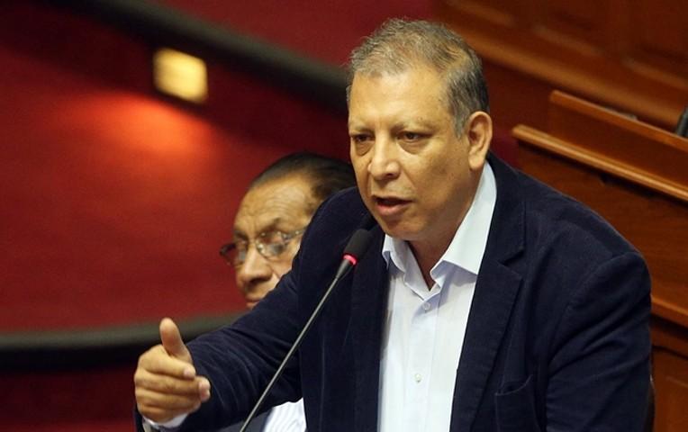 El Frente Amplio propone 5 años de prisión por acoso