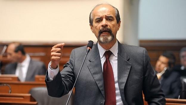 Apra y Fuerza Popular  piden fusionar ministerios