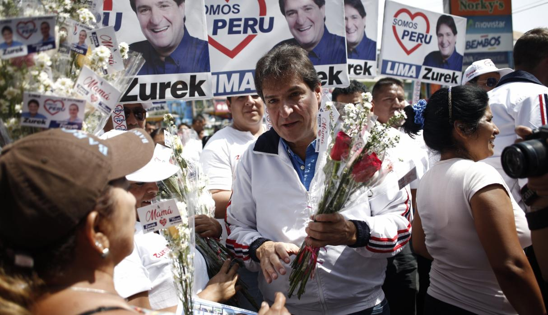 Juan Carlos Zurek se  desmarca en Lima