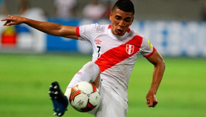 Paolo Hurtado estará ocho semanas por lesión en los ligamentos laterales internos