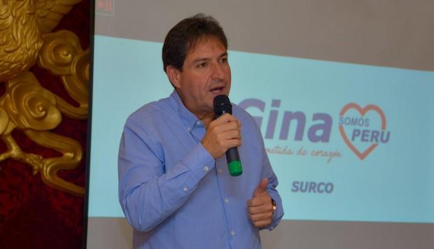 Juan Carlos Zurek  pulveriza a Muñoz
