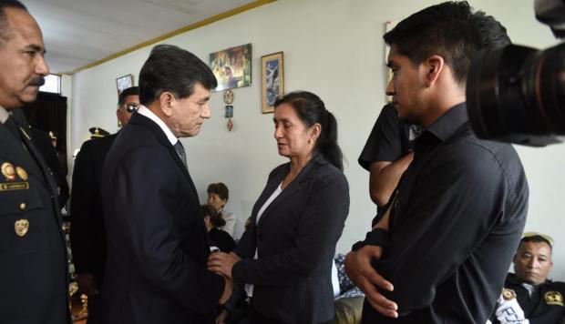 """Carlos Morán: """"Se otorgará asceso póstumo a suboficiales fallecidos en el Rimac"""""""