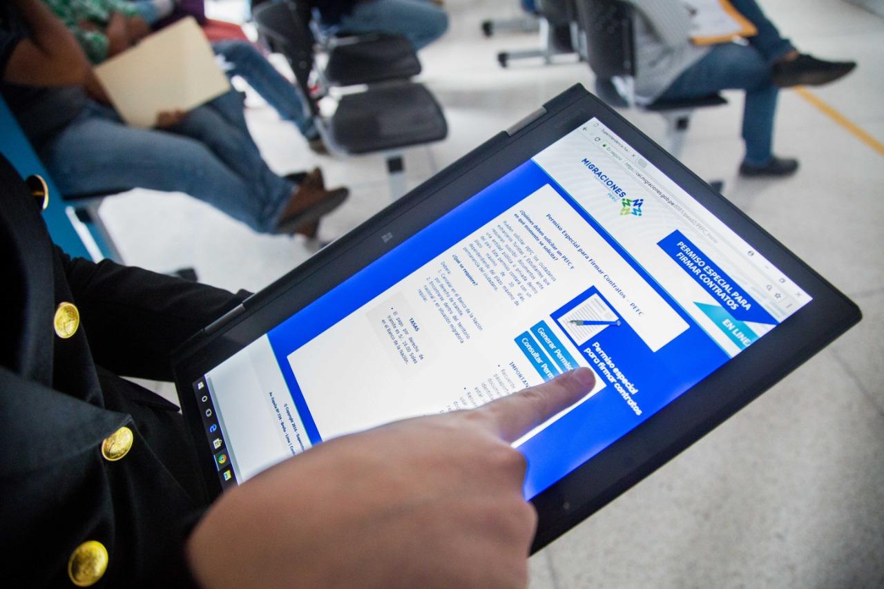 MIGRACIONES: Unos 275 mil ciudadanos extranjeros realizaron trámites a través de Internet