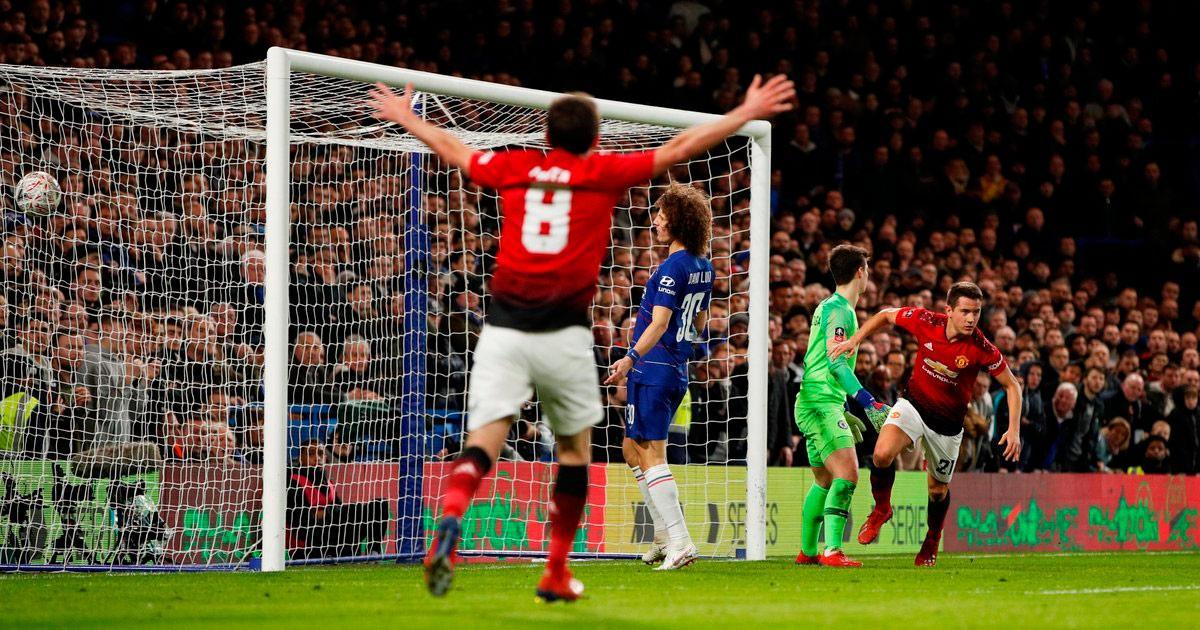 Manchester United venció 2-0 a Chelsea por la quinta ronda de la FA Cup
