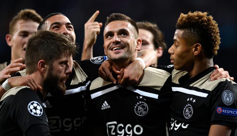 Ajax apabulló 4-1 al Real Madrid y lo eliminó de la Champions League
