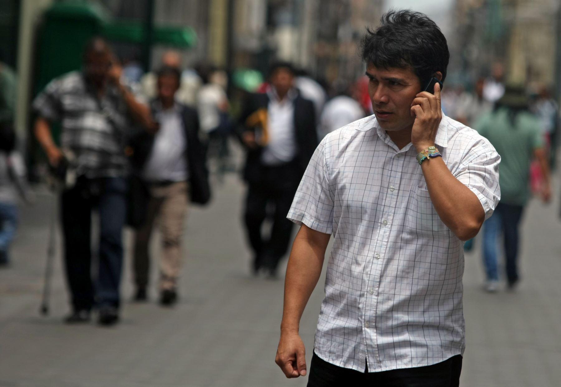 Telefonía móvil: portabilidad superó las 800,000 líneas por cuarto mes consecutivo