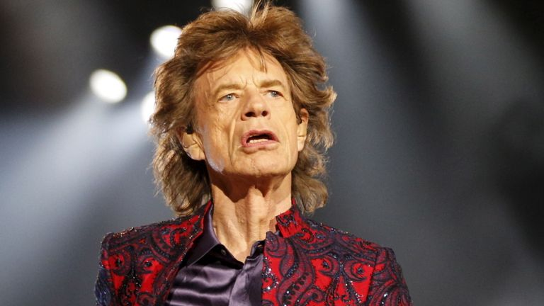 Mick Jagger se somete a una operación exitosa al corazón