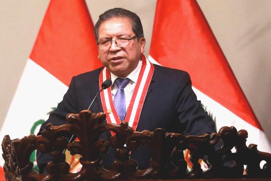 El fiscal supremo Pablo Sánchez, quedó a cargo del despacho de la fiscal de la Nación, Zoraida Ávalos