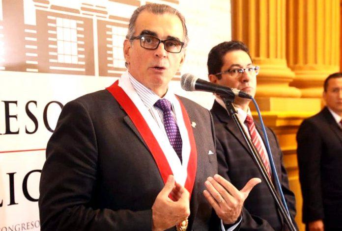 El presidente del Congreso Pedro Olaechea aseguró que el Poder Ejecutivo