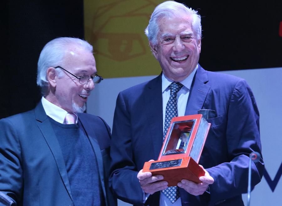 Feria del Libro 2019 se inauguró con participación de Mario Vargas Llosa, el presidente de la República, Martín Vizcarra,Luis Castillo, ministro de Cultura; Jorge Muñoz, alcalde de Lima, entre otras autoridades.
