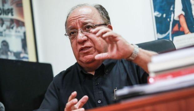 Fernando Tuesta Soldevilla,Solo con doble legislatura, el estado se ahorraría plata en llevar a cabo consulta popular.