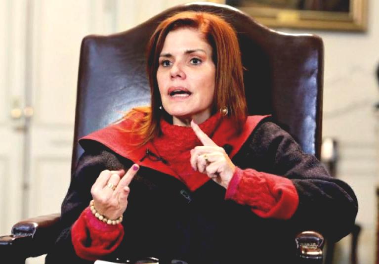 "Mercedes Aráoz: ""Vizcarra confabuló para que el presidente Kuczynski caiga"""