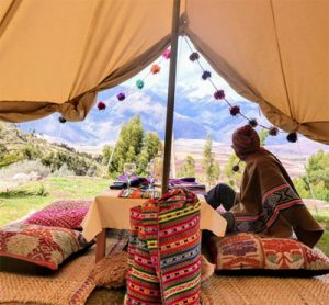 Sustainable Glamping Experience Near Cusco