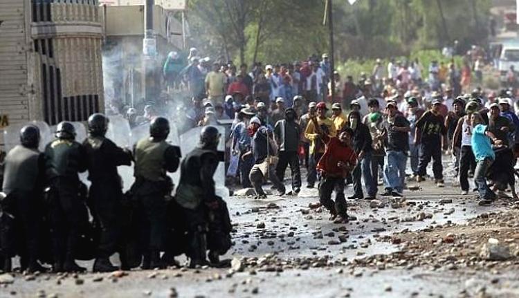 Protestas antimineras  ponen en jaque a Vizcarra