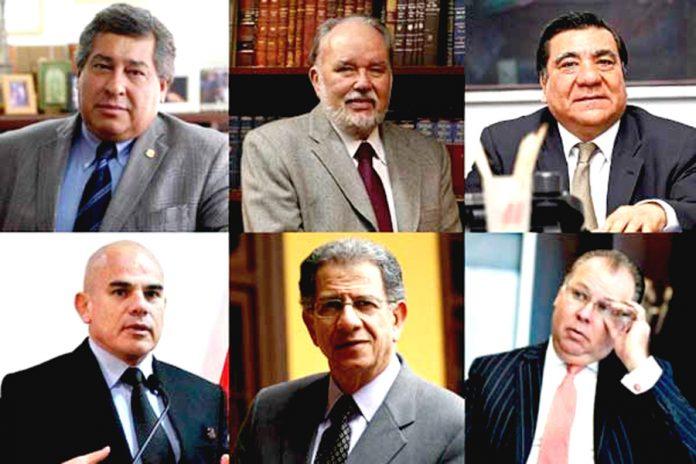 Expertos como Urviola se oponen a realizar cambios en la Constitución.