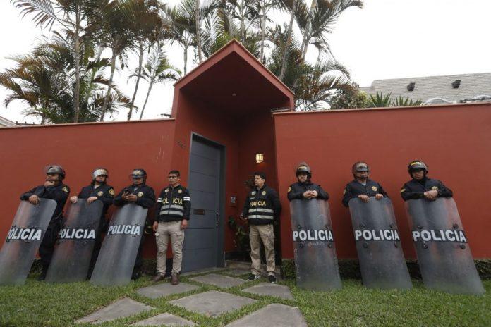 Incautan dos casas a PPK por Odebrecht
