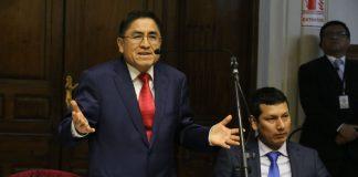 Hinostroza presenta recurso de amparo contra extradición