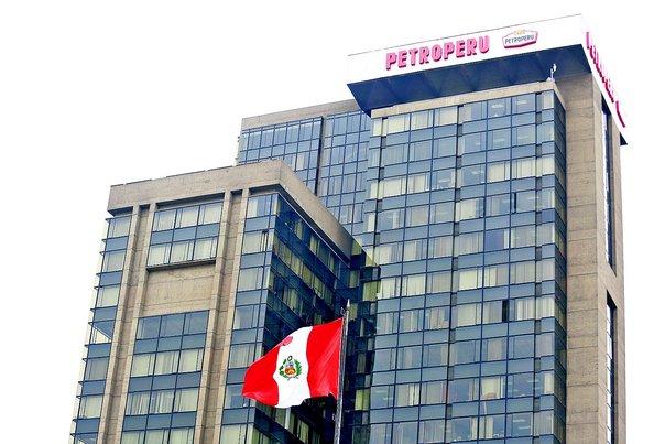 «Petro-Perú trabaja con 95% de deuda y eso no es sano»