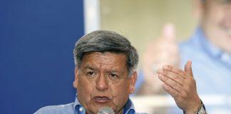 Amplían investigación en contra de César Acuña por compra millonaria en España