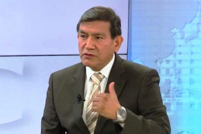 """FP critica a ministro Morán por mandarlos a """"buscar trabajo"""""""