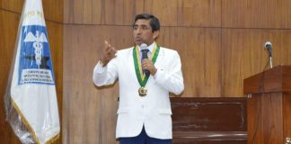 Reclaman a Vizcarra Decreto de Urgencia a favor de EsSalud