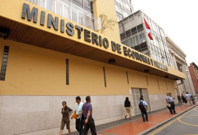 MEF suelta S/12,967 mlls. para la inversión pública