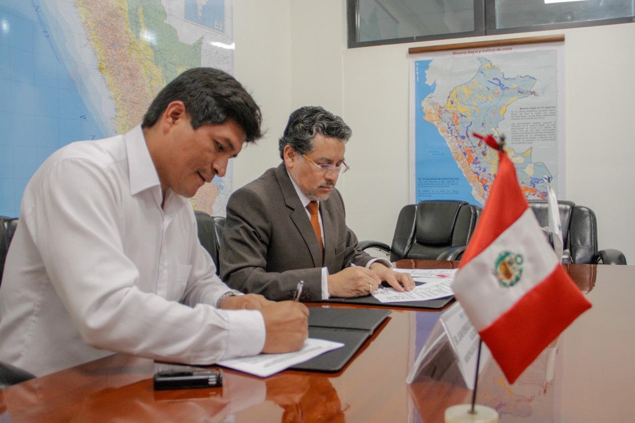 DEVIDA invertirá S/ 9 millones para mejorar caminos vecinales en Ayacucho y Junín