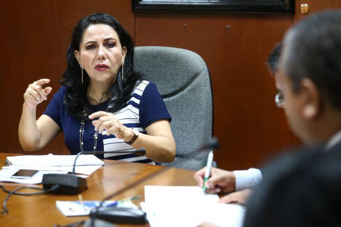 Gloria Montenegro renuncia a Alianza Para el Progreso
