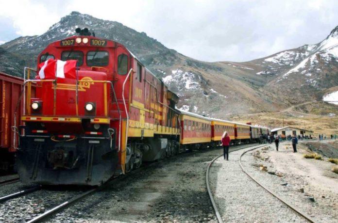 Empresas de Asia y Europa interesadas en el 'Tren Macho'