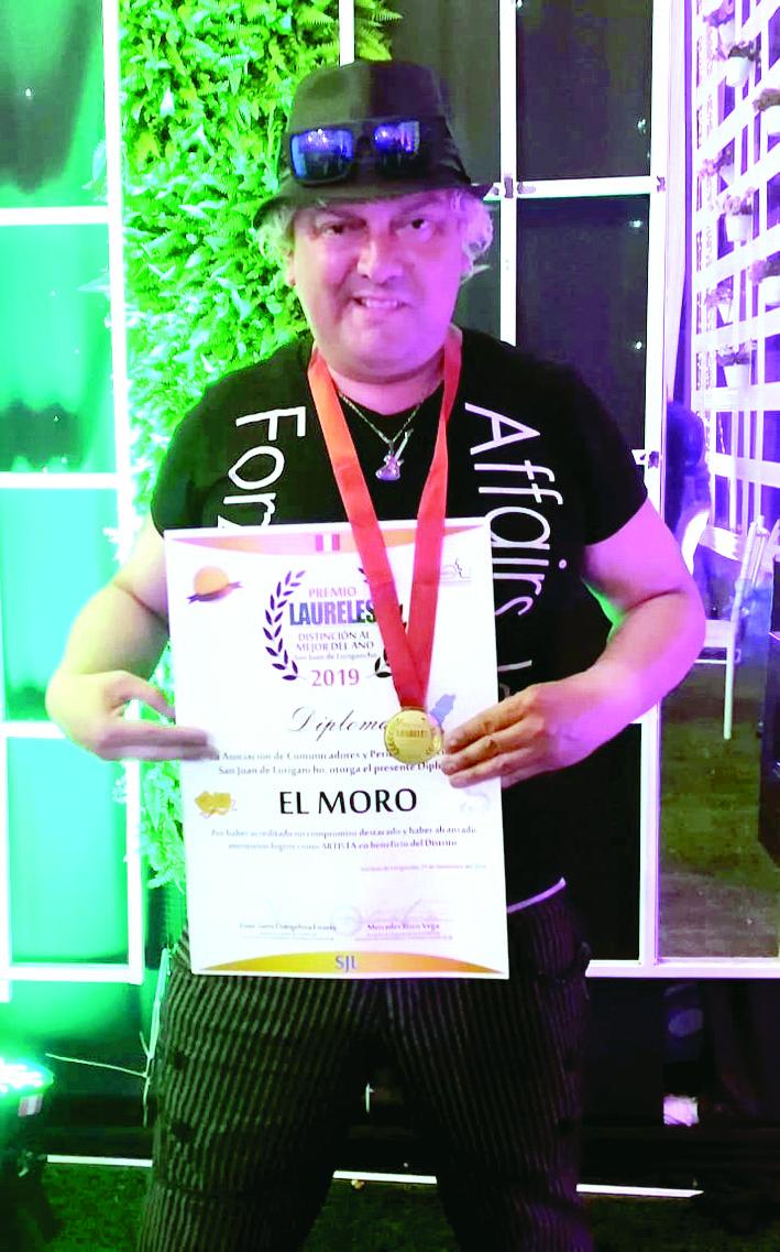 """""""El moro"""" gana el premio """"Laureles"""" al mejor artista del año"""