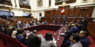 Comisión Permanente revisará hoy cinco decretos de urgencia
