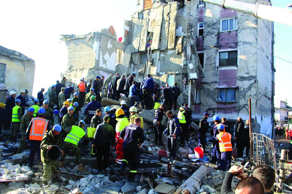 Terremoto de 6,4 grados  deja 15 muertos en Albania