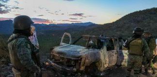 imagen de auto de masacre en mexico