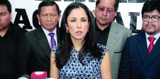 Nadine Heredia impedimento de salida
