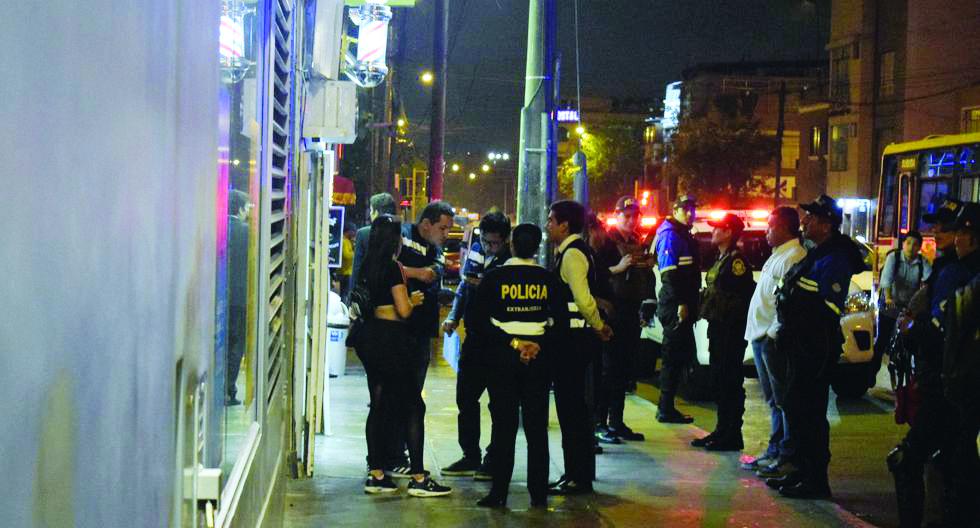 Detienen a 30 extranjeros durante operativo en Lince