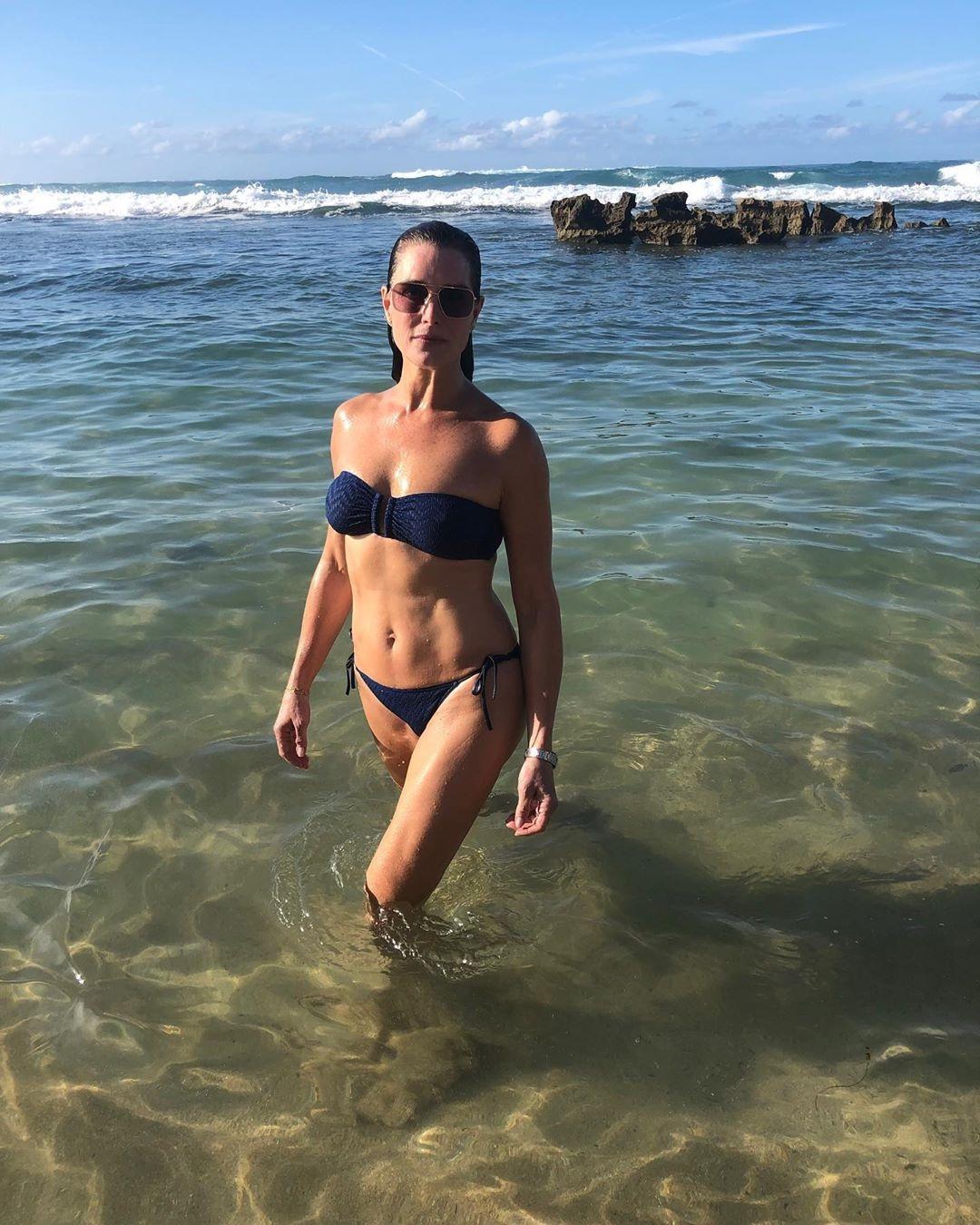 """A 40 años de """"La laguna azul"""" Brooke Shields luce su cuerpo"""