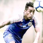 Cueva busca salirse del Santos FC