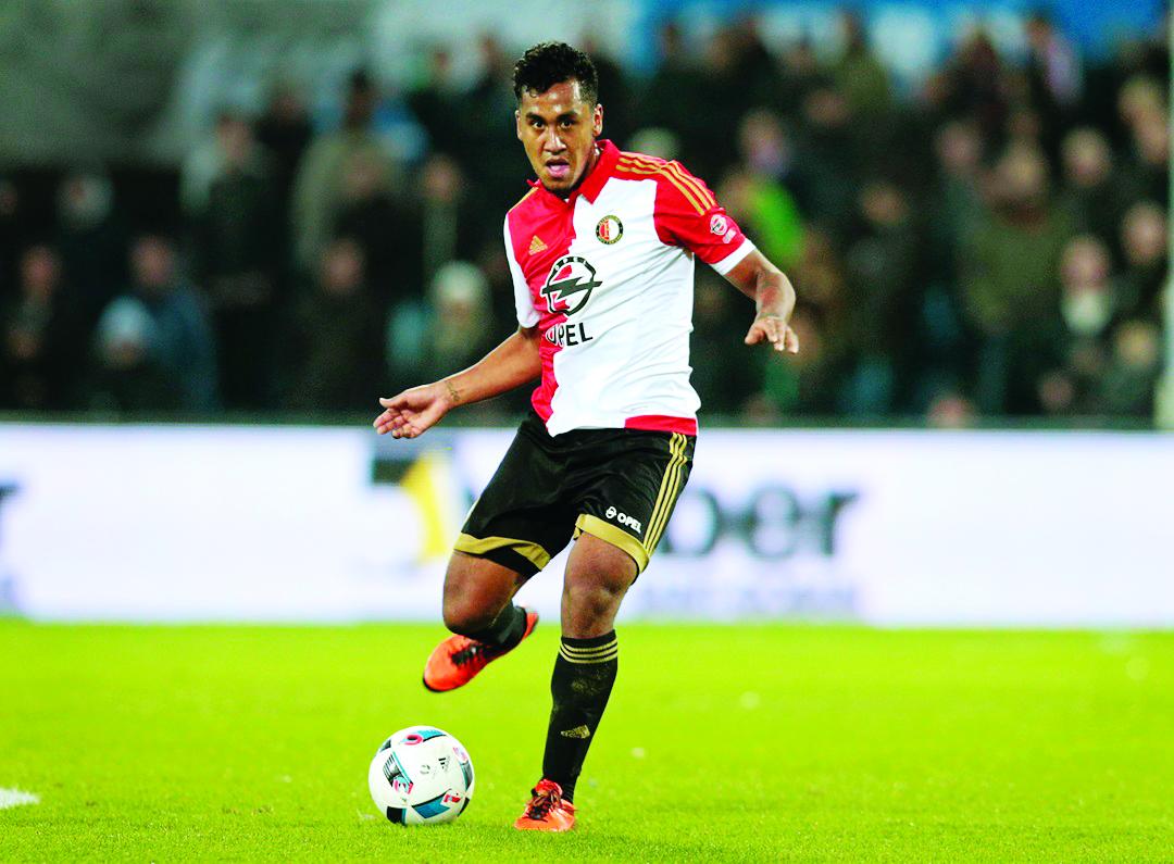 Tapia arranca el 2020 con triunfo del Feyenoord