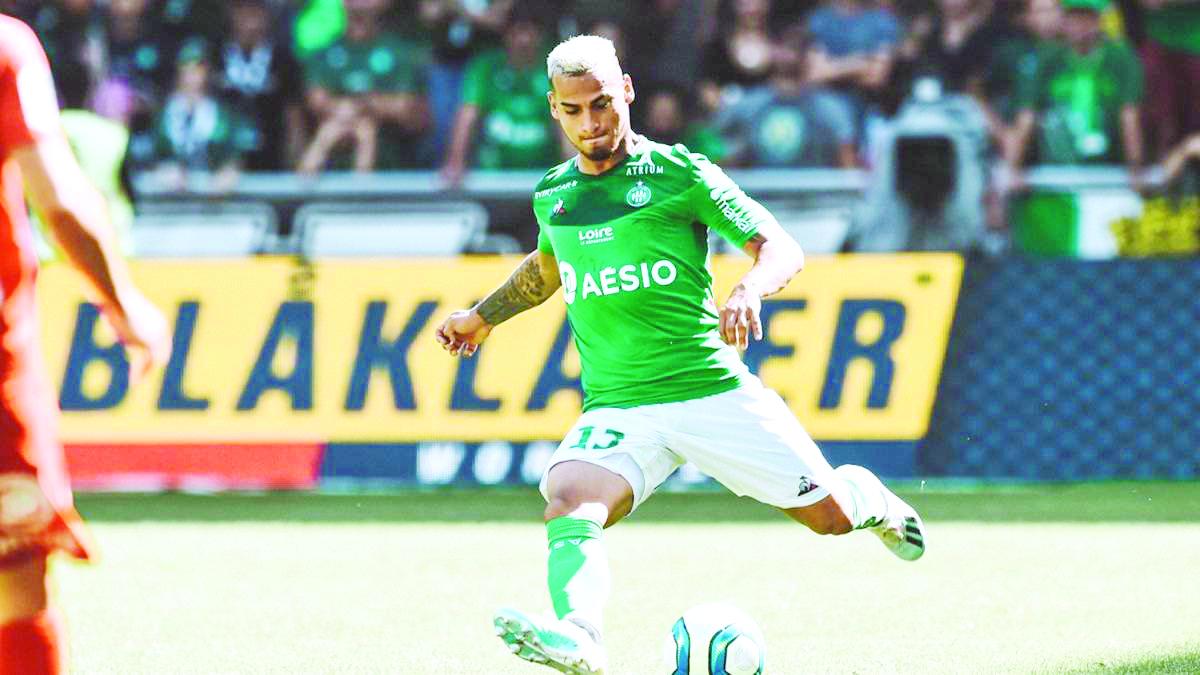 Con Carrillo, Étienne derrota 2-1 al Nimes por la Ligue 1