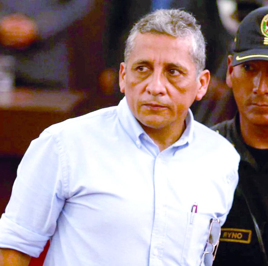 "Antauro destaca al ""reservista y agricultor Ezequiel Ataucusi"""