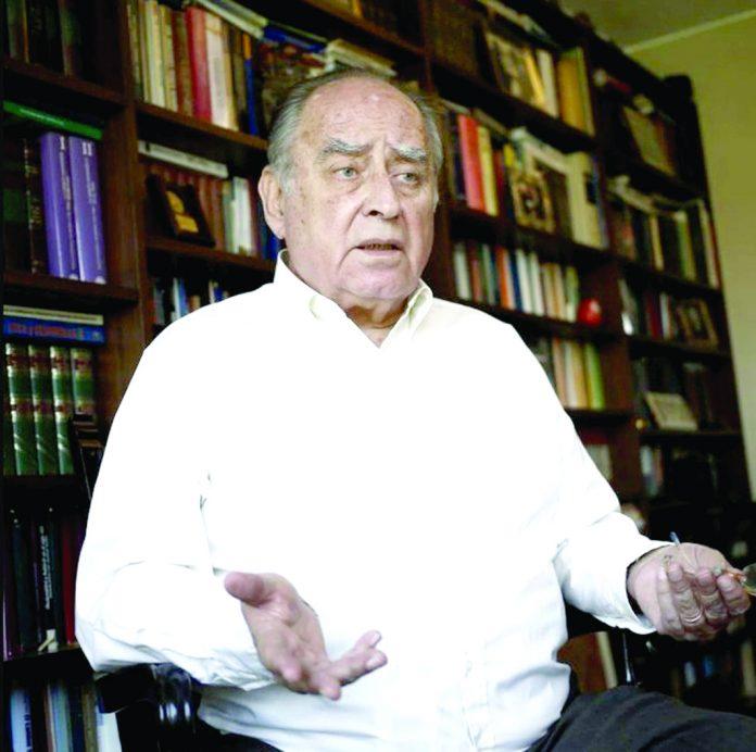 Ántero Flores-Araoz credenciales a 127 congresistas