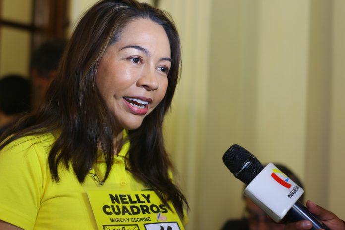 Nelly Cuadros promoverá la erradicación de la ideología de género de todos los niveles del Estado