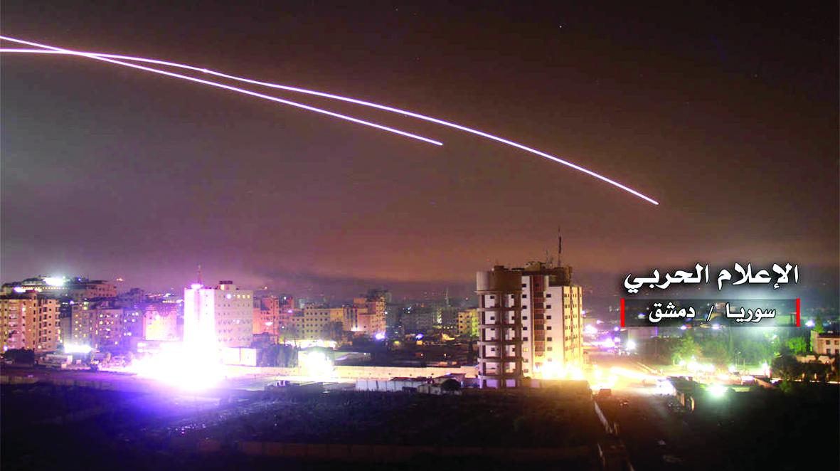 Irán lanza misiles contra bases  militares de EE.UU. en Irak