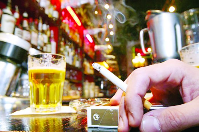 Aumentan tasas del ISC en cigarrillos, pisco y licores con 20º de alcohol
