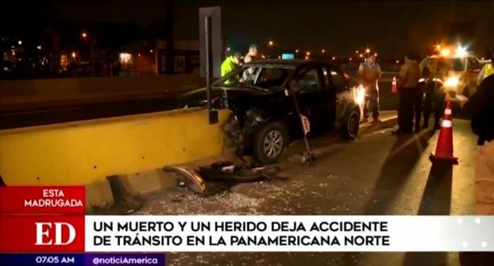 Auto siniestrado quedó empotrado en la berma central de la Panam.Norte.