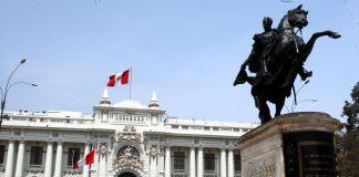 Efecto búmeran lleva al Congreso a políticos atacados por el régimen
