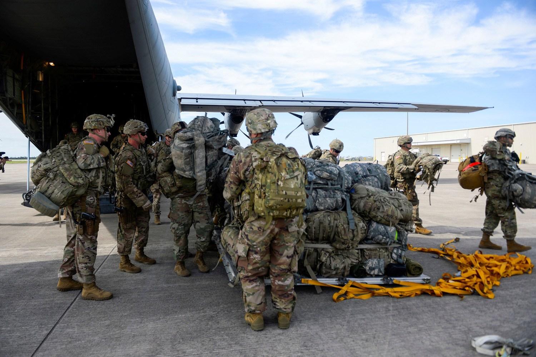 EE.UU. envía refuerzos tras ataque a su embajada de Irak